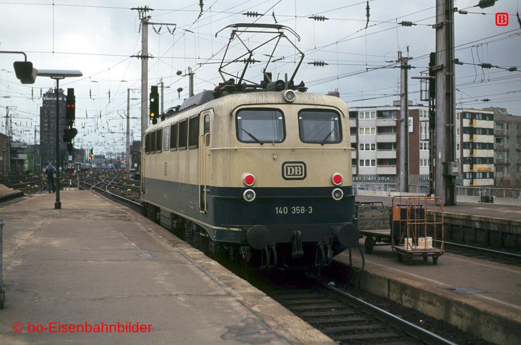 http://www.br141.de/bo-Eisenbahnbilder/data/media/1/02924_140_11A_47-db.jpg