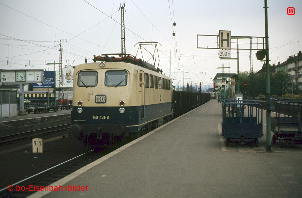 http://www.br141.de/bo-Eisenbahnbilder/data/media/1/03144_140_13A_43-db.jpg