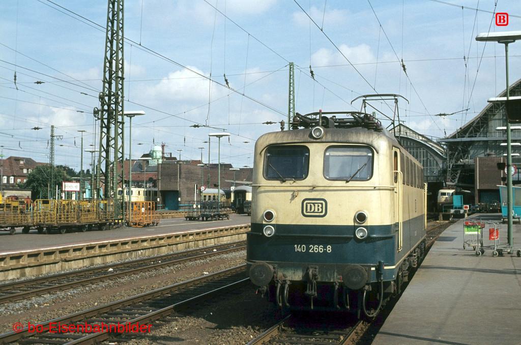 http://www.br141.de/bo-Eisenbahnbilder/data/media/1/04045_140_09B_42-db.jpg