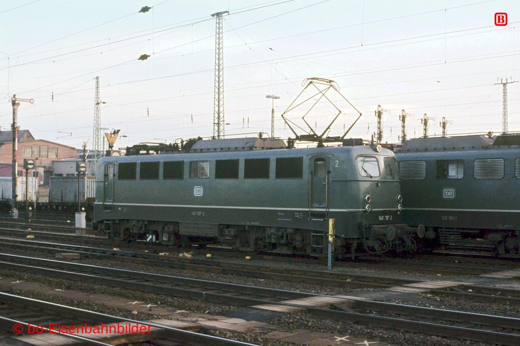 http://www.br141.de/bo-Eisenbahnbilder/data/media/1/05121_140_22B_30-db.jpg
