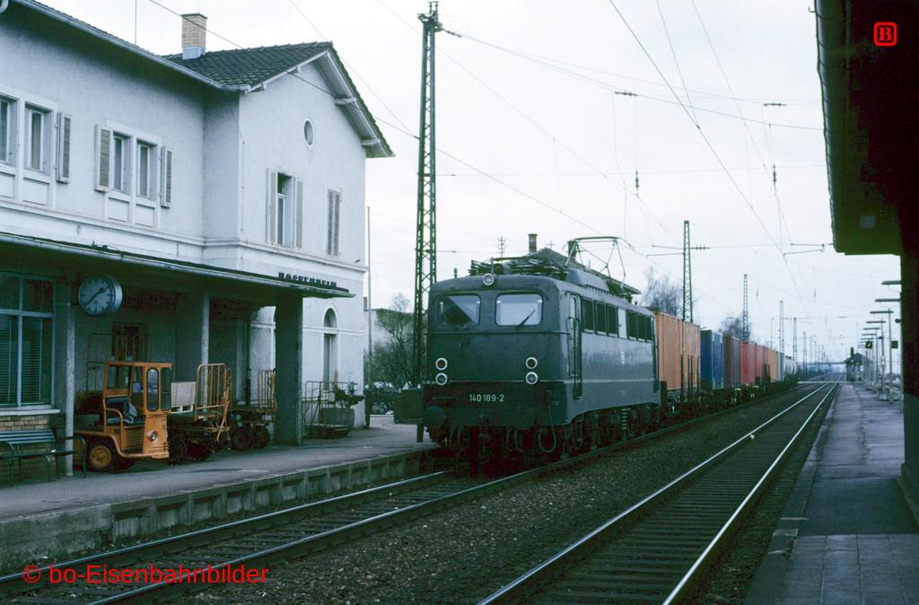 http://www.br141.de/bo-Eisenbahnbilder/data/media/1/08937_140_08B_07-b.jpg