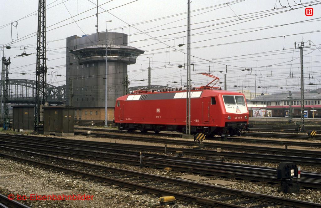 http://www.br141.de/bo-Eisenbahnbilder/data/media/1/09696_120_02B_26-db.jpg