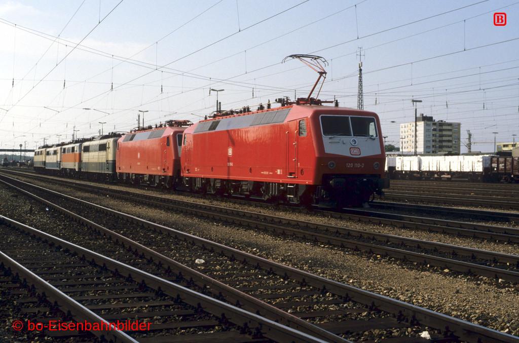 http://www.br141.de/bo-Eisenbahnbilder/data/media/1/09755_120_02B_07-db.jpg