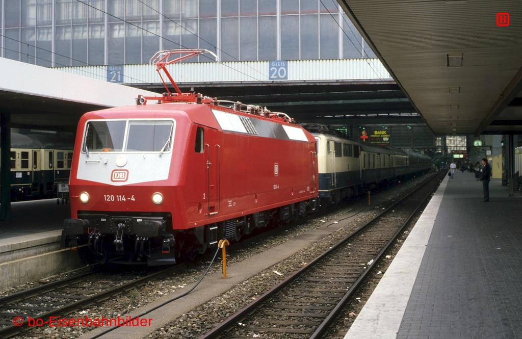 http://www.br141.de/bo-Eisenbahnbilder/data/media/1/09865_120_02B_48-db.jpg