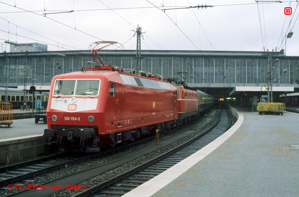 http://www.br141.de/bo-Eisenbahnbilder/data/media/1/11687_120_05B_04-b.jpg
