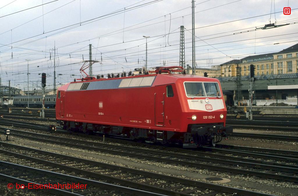 http://www.br141.de/bo-Eisenbahnbilder/data/media/1/11694_120_05A_47-b.jpg