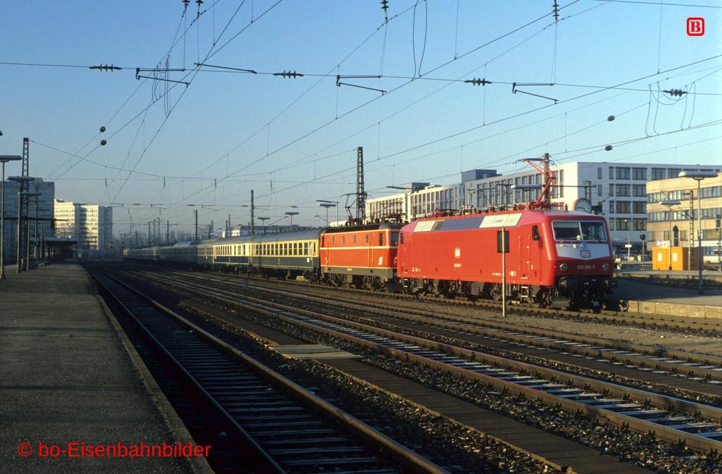 http://www.br141.de/bo-Eisenbahnbilder/data/media/1/11764_120_06A_02-b.jpg