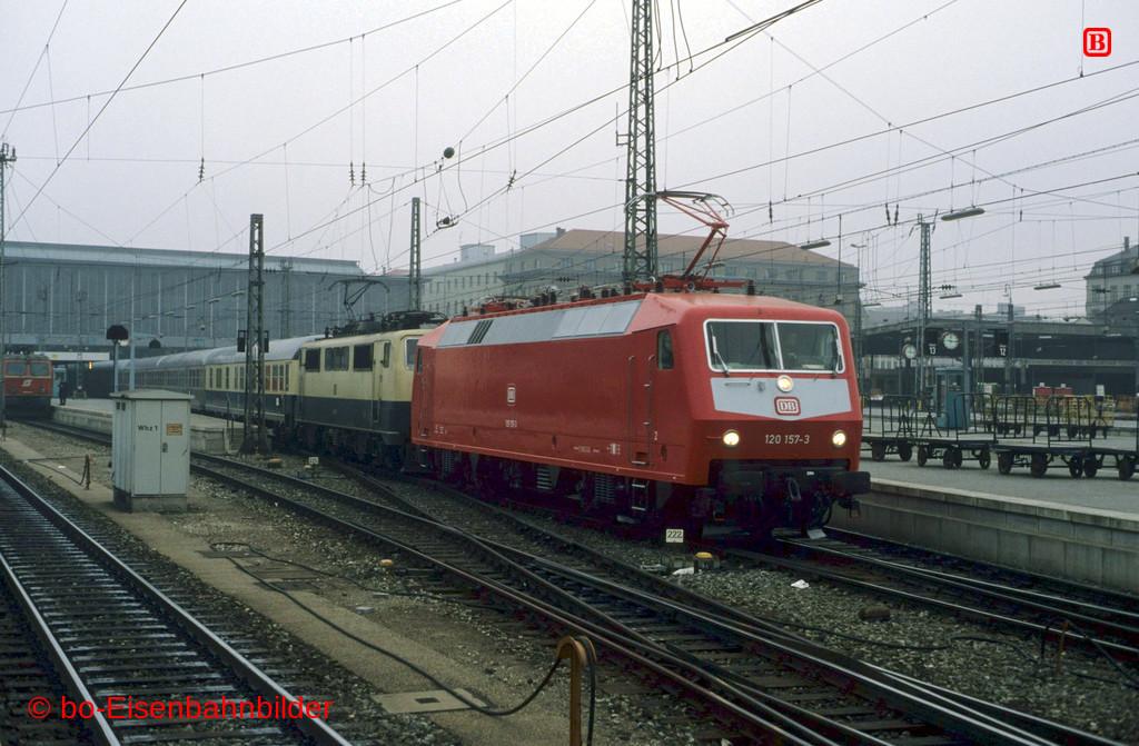 http://www.br141.de/bo-Eisenbahnbilder/data/media/1/11779_120_06A_13-b.jpg