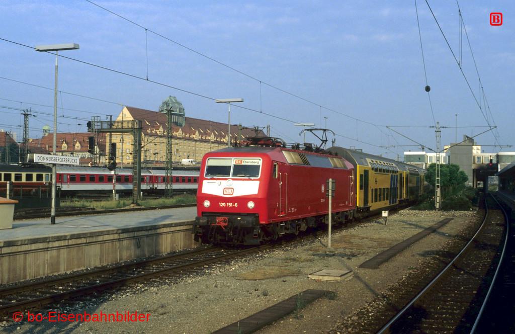 http://www.br141.de/bo-Eisenbahnbilder/data/media/1/12822_120_05A_33-db.jpg