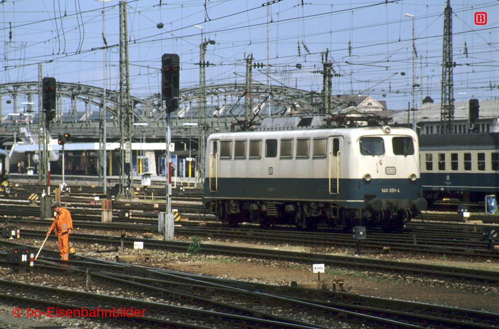 http://www.br141.de/bo-Eisenbahnbilder/data/media/1/13945_140_04B_40-b.jpg