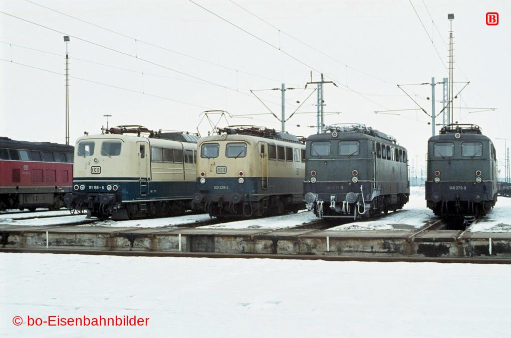 http://www.br141.de/bo-Eisenbahnbilder/data/media/2/01399_140_13B_08-db.jpg