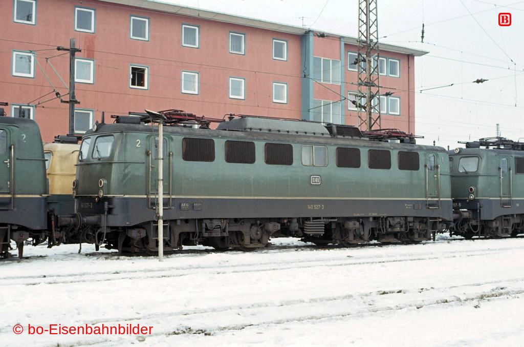 http://www.br141.de/bo-Eisenbahnbilder/data/media/2/01613_140_16A_37-db.jpg