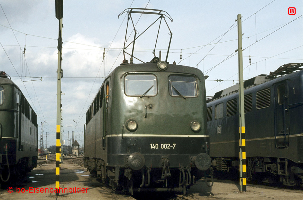 http://www.br141.de/bo-Eisenbahnbilder/data/media/2/02119_140_01A_09-db.jpg