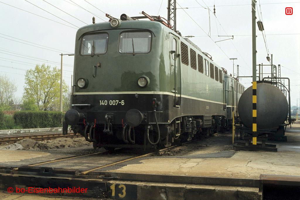 http://www.br141.de/bo-Eisenbahnbilder/data/media/2/03125_140_01A_47-db.jpg