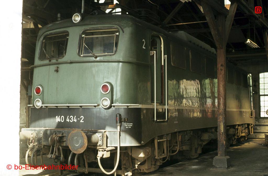http://www.br141.de/bo-Eisenbahnbilder/data/media/2/03794_140_13A_49-b.jpg
