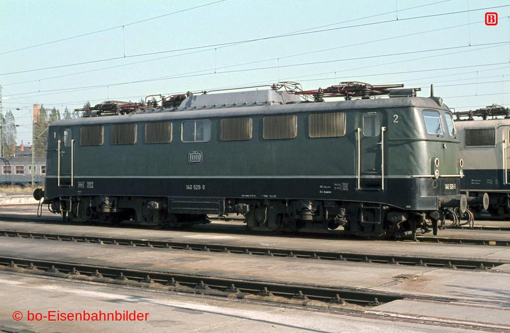 http://www.br141.de/bo-Eisenbahnbilder/data/media/2/04856_140_16A_42-db.jpg