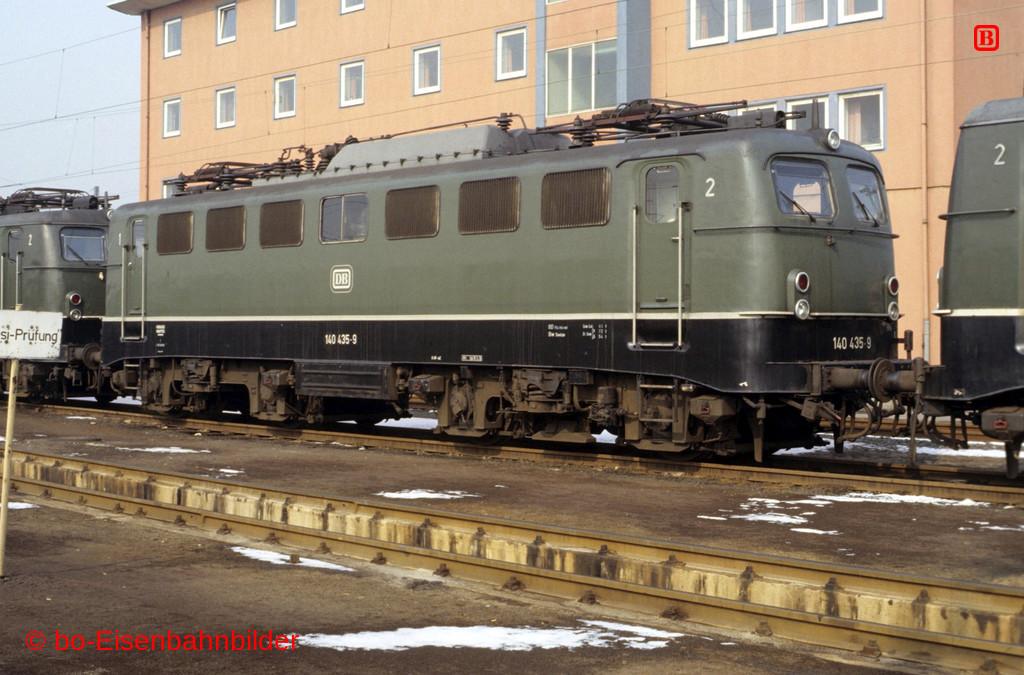 http://www.br141.de/bo-Eisenbahnbilder/data/media/2/05468_140_13B_02-db.jpg