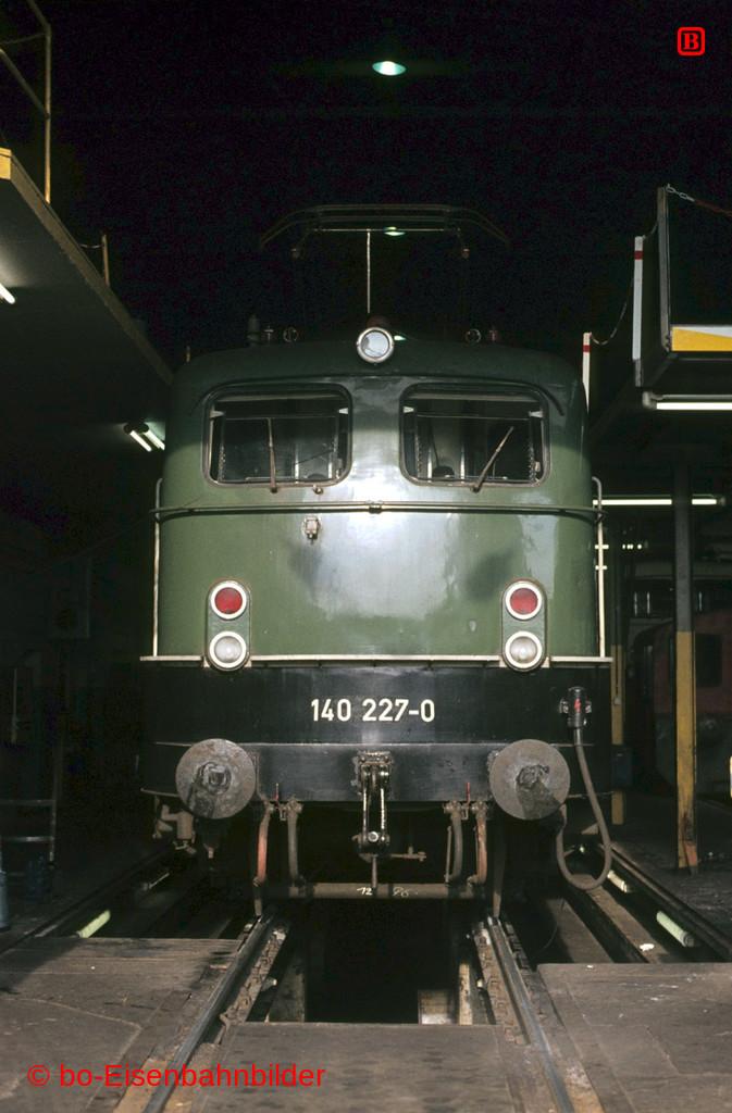 http://www.br141.de/bo-Eisenbahnbilder/data/media/2/05886_140_09A_21-db.jpg