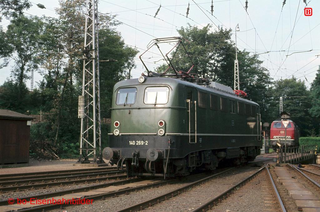 http://www.br141.de/bo-Eisenbahnbilder/data/media/2/05887_140_09B_45-db.jpg