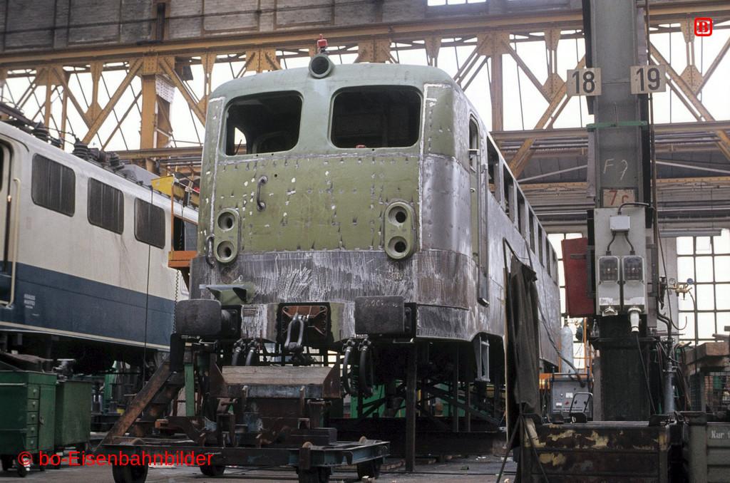 http://www.br141.de/bo-Eisenbahnbilder/data/media/2/05968_140_08A_36-b.jpg
