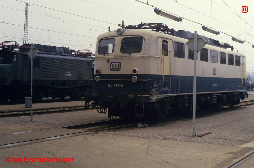 http://www.br141.de/bo-Eisenbahnbilder/data/media/2/09409_140_09A_37_b.jpg