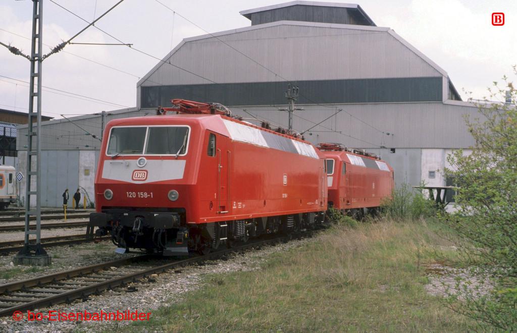 http://www.br141.de/bo-Eisenbahnbilder/data/media/2/12290_120_06A_15-db.jpg