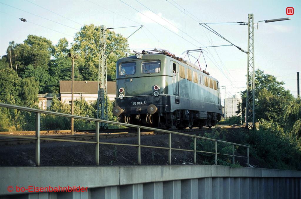 http://www.br141.de/bo-Eisenbahnbilder/data/media/4/00864_140_08A_40-b.jpg