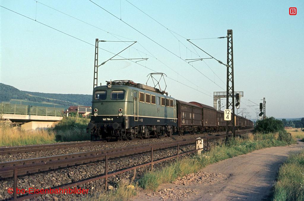 http://www.br141.de/bo-Eisenbahnbilder/data/media/4/06685_140_22A_26-db.jpg
