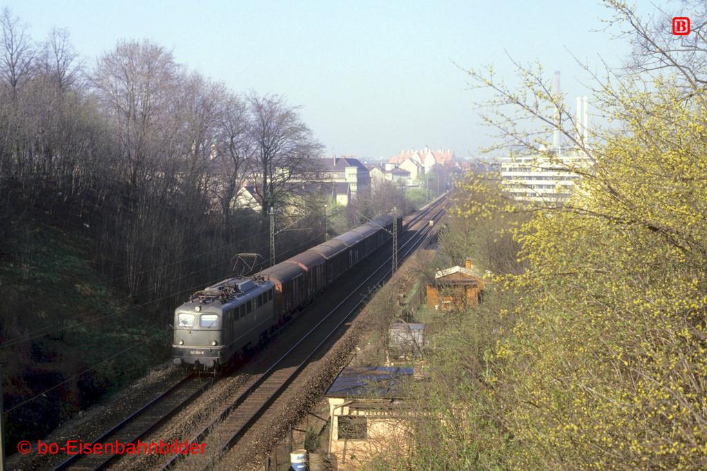 http://www.br141.de/bo-Eisenbahnbilder/data/media/4/09444_140_05A_04-b.jpg