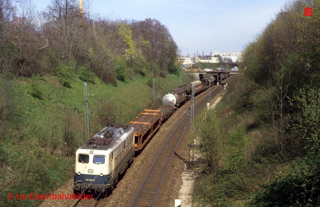 http://www.br141.de/bo-Eisenbahnbilder/data/media/4/09505_140_04B_44-db.jpg