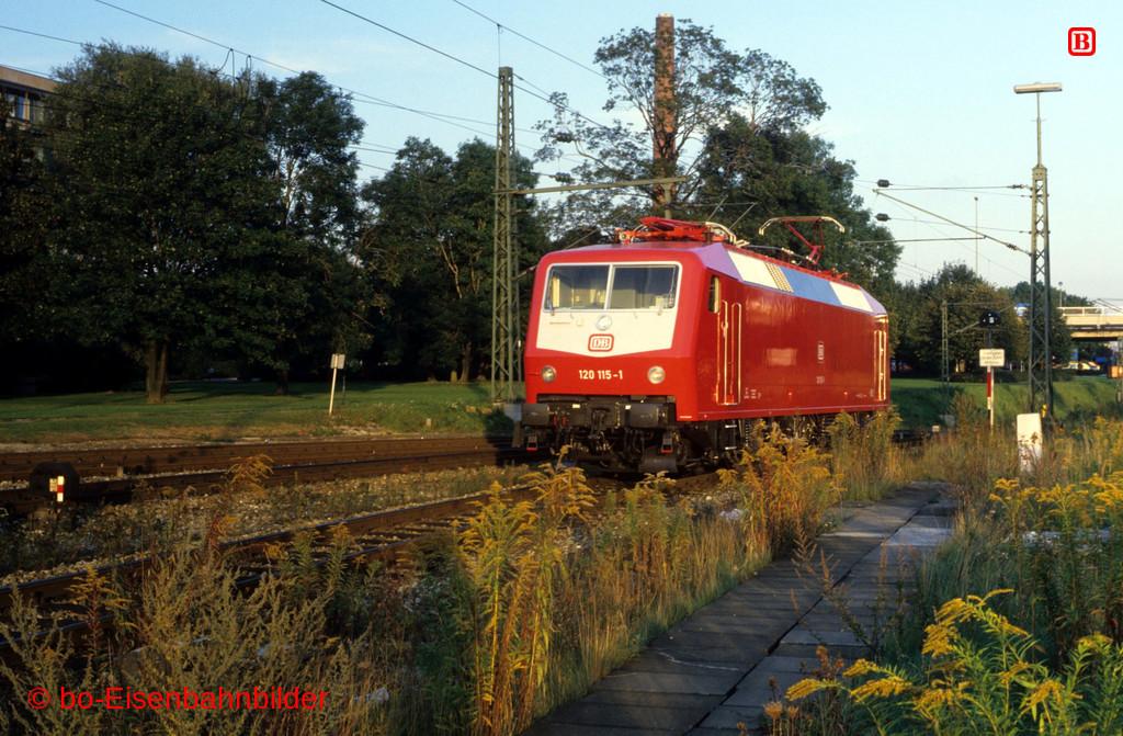 http://www.br141.de/bo-Eisenbahnbilder/data/media/4/09800_120_03A_05-b.jpg