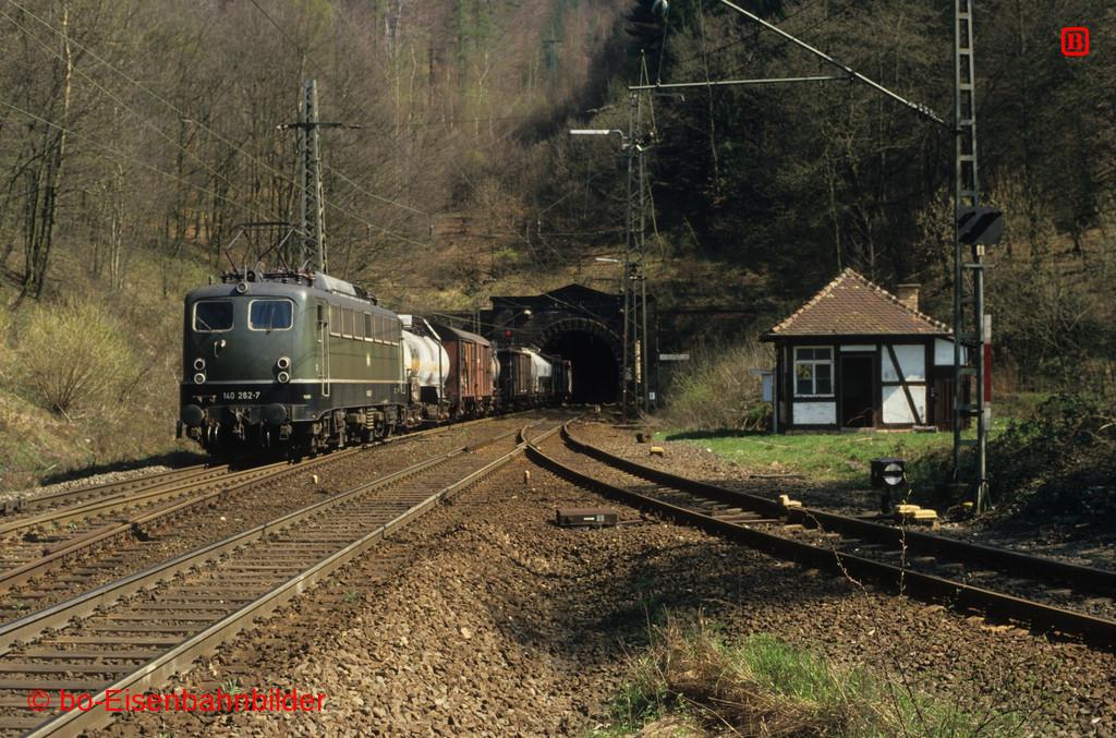 http://www.br141.de/bo-Eisenbahnbilder/data/media/4/10476_140_09B_35_b.jpg