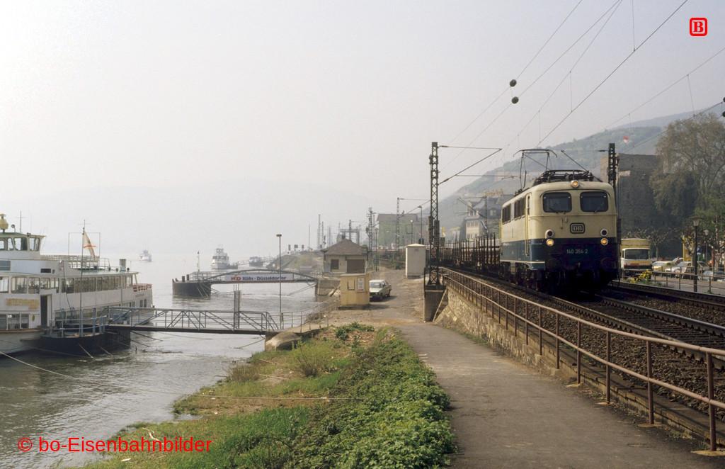 http://www.br141.de/bo-Eisenbahnbilder/data/media/4/10784_140_11A_39-db.jpg