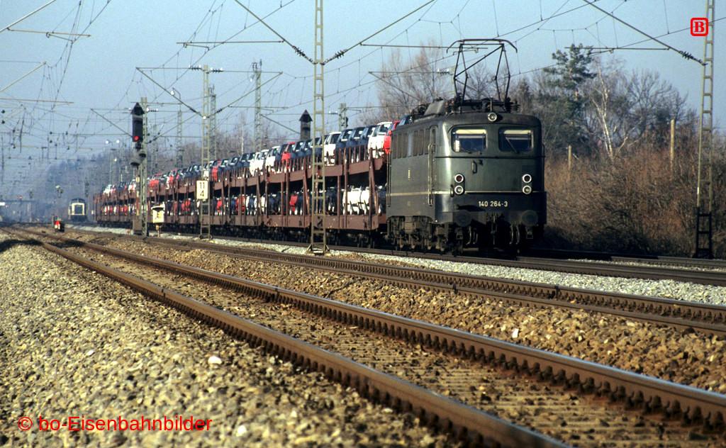 http://www.br141.de/bo-Eisenbahnbilder/data/media/4/11745_140_09B_39_db.jpg