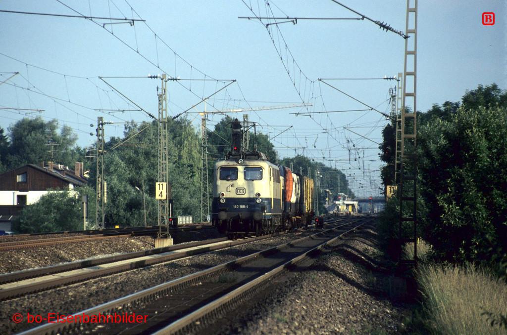 http://www.br141.de/bo-Eisenbahnbilder/data/media/4/13982_140_08B_06-b.jpg