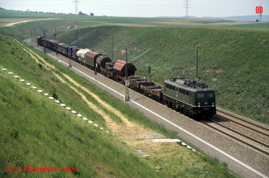http://www.br141.de/bo-Eisenbahnbilder/data/media/4/15031_140_08B_04-db.jpg
