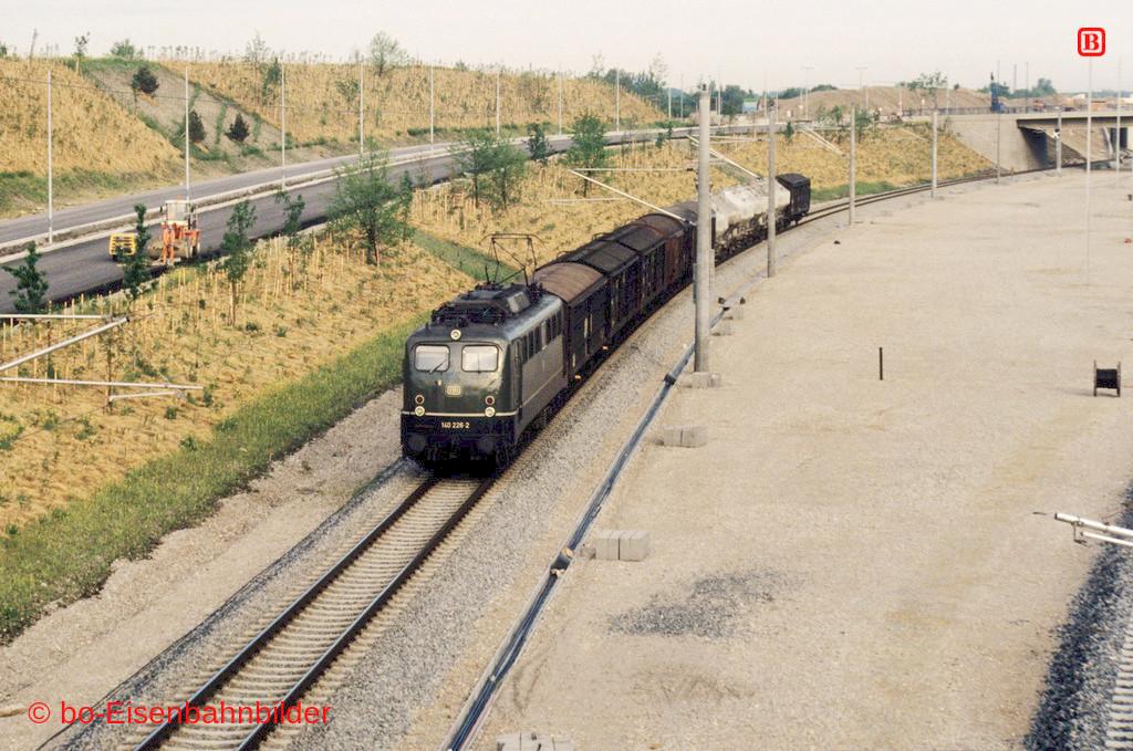 http://www.br141.de/bo-Eisenbahnbilder/data/media/4/15150_140_09A_20-b.jpg